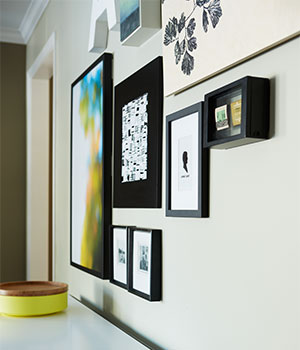 stackable-content-blocks-accent-wall-side-shot